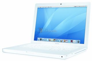 Macbook_white_3q_c